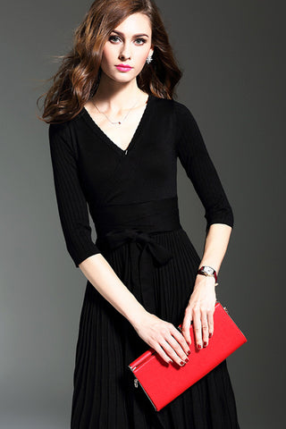 3/4 Sleeve V-neck Pleated Sweater Dress
