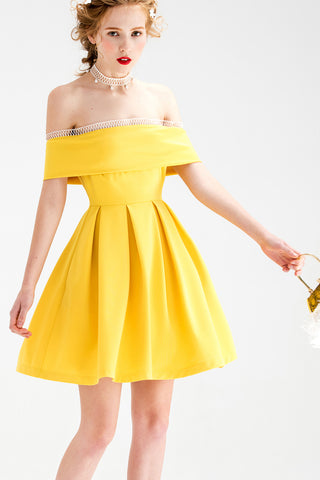Off-Shoulder Pleated A-line Dress