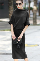 SHORT BATWING SLEEVE BOAT NECK KNITTED MIDI DRESS