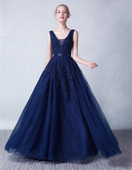 SLEEVELESS DOUBLE V-NECK PATCHWORK SEQUIN TULLE GOWN