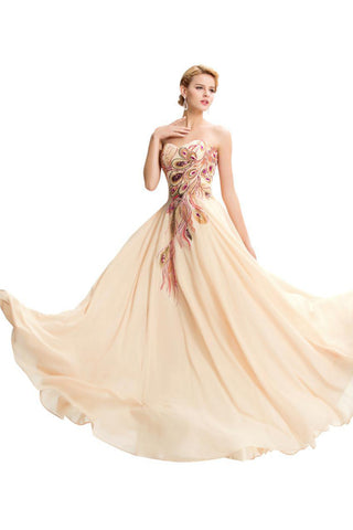 STRAPLESS EMBROIDERY TULLE GOWN