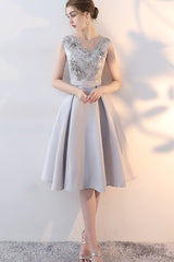 SLEEVELESS BANDAGE BACK SHORT FORMAL DRESS WITH APPLIQUE