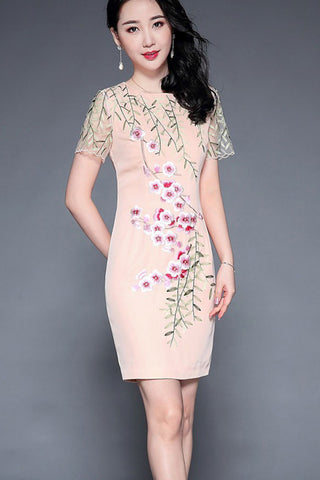 SHEER SLEEVE EMBROIDEREY SHEATH DRESS