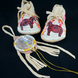 Newborn Quilled Moccasin and Turtle Amulet Set