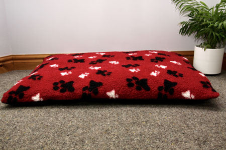 Fur Paw Print Pet Quilts