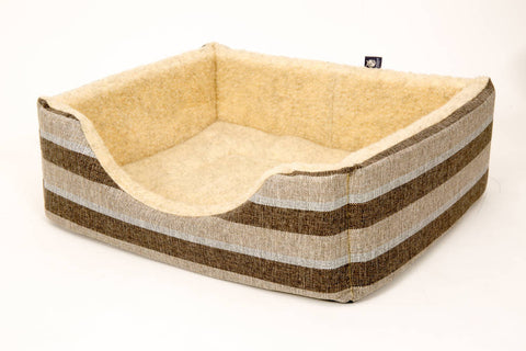 Pet luxury avondale dog bed gleneagles collection square nutmeg striped fleece lined