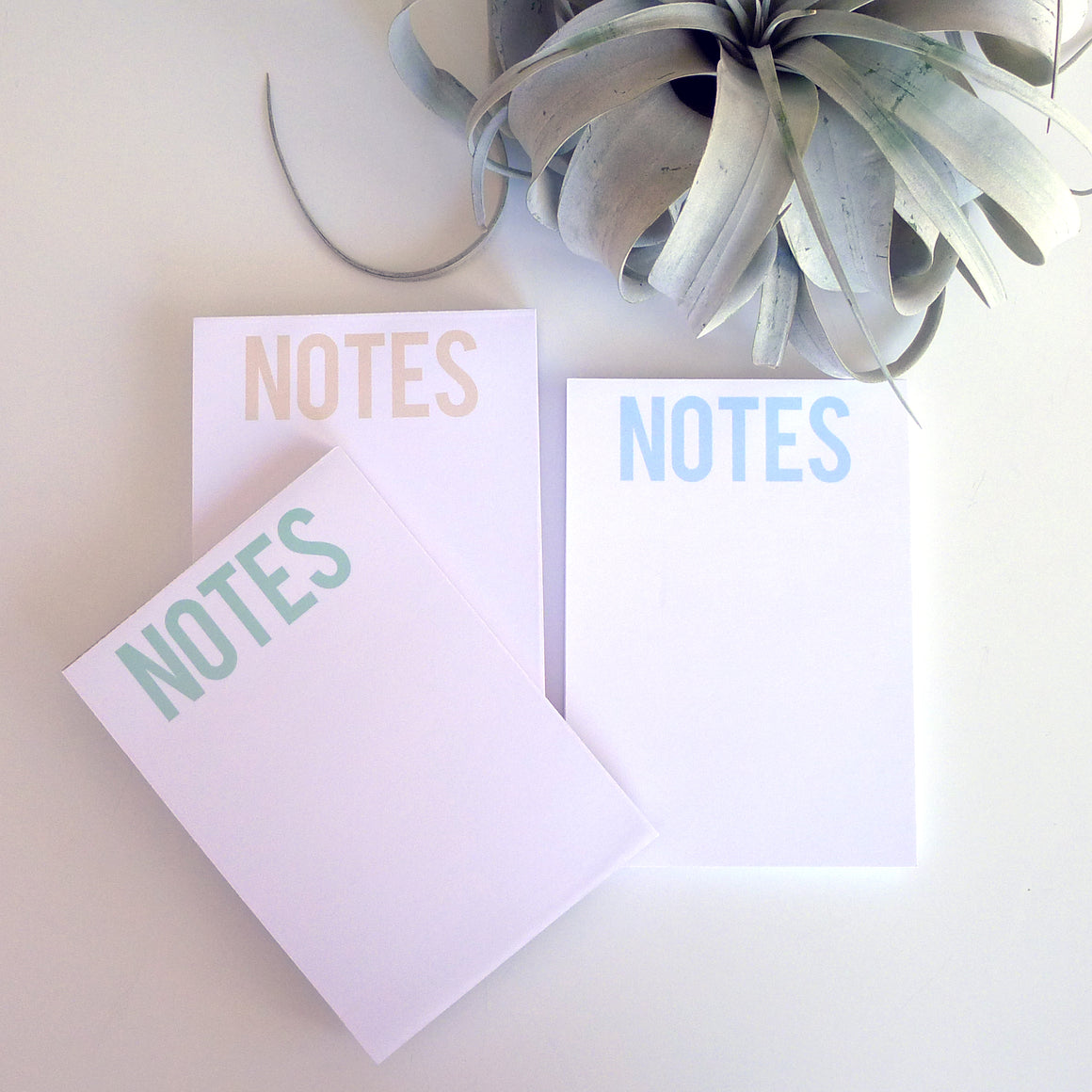 Bold NOTES Light Notepad