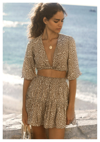 Seven Wonders 'Mi Amor' Top in Sand Spot
