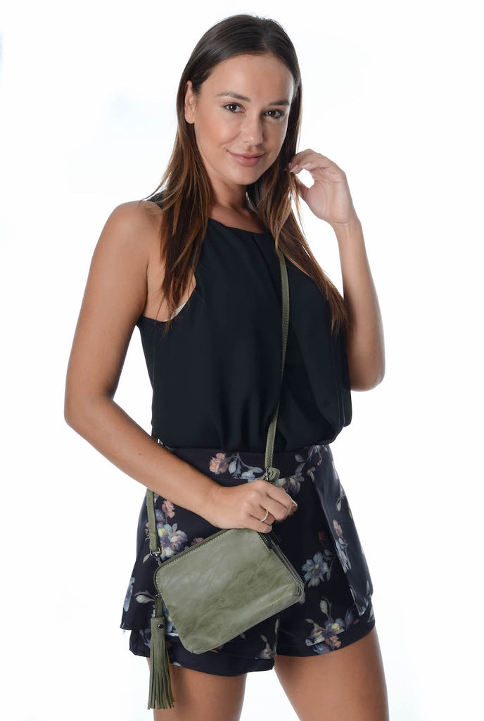 Free Spirit 'Olivia' Zip Clutch Purse in Khaki