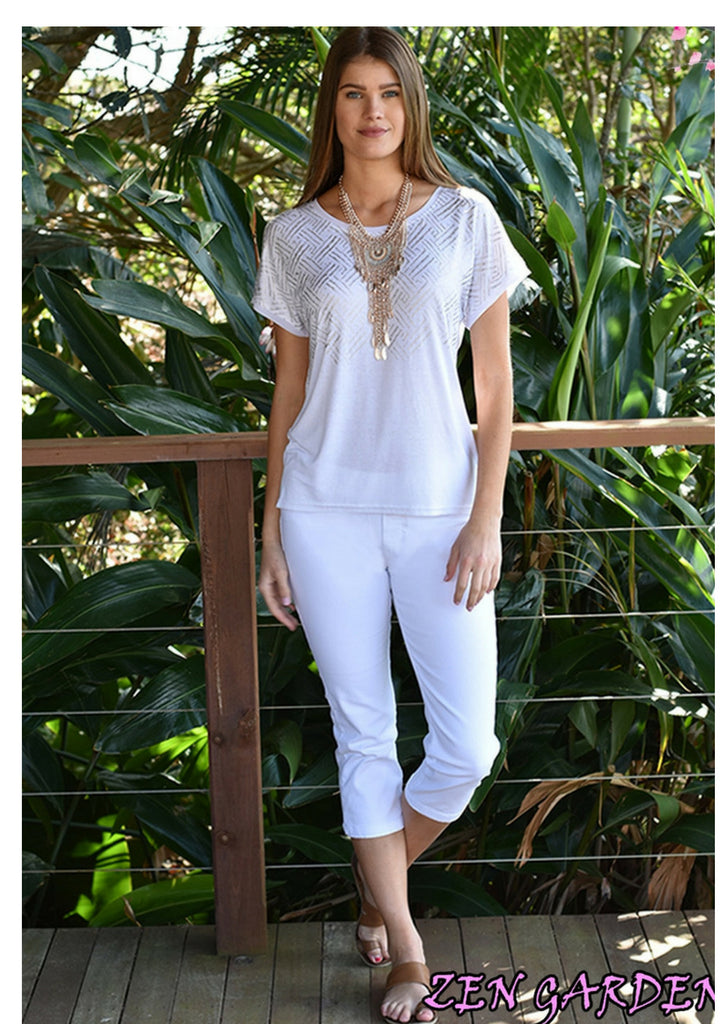 Zen Garden Capri Pants in White