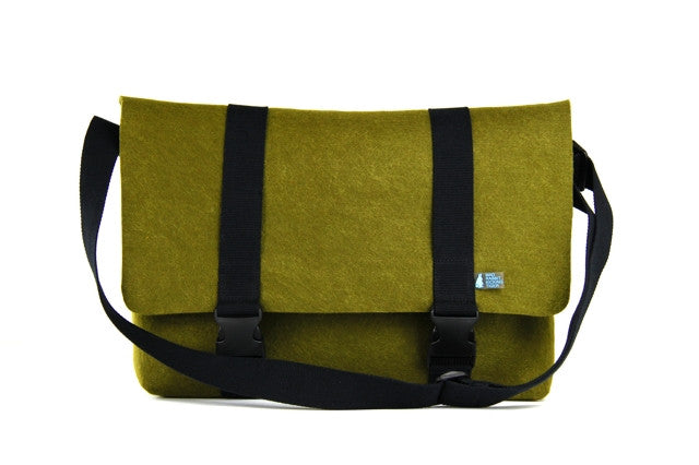 PETER  SMRT FELT Messenger Bag