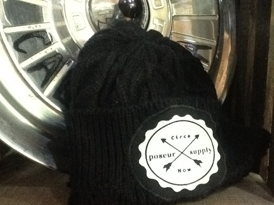 Poseur Supply Cable Knit Beanie