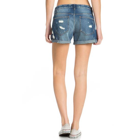 Relaxed Look Distressed Boyfriend Short