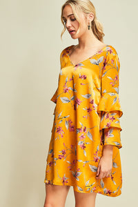 Floral Print Shift Dress w/Ruffled Sleeves