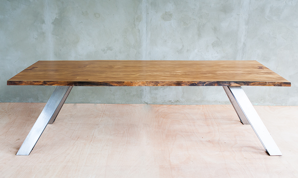 Frijolillo Slab Table