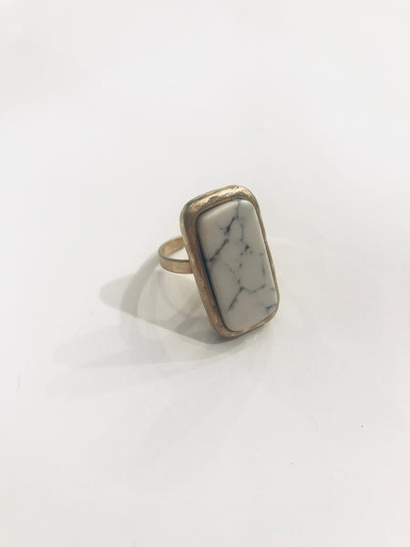 #969 Ring - White Marble