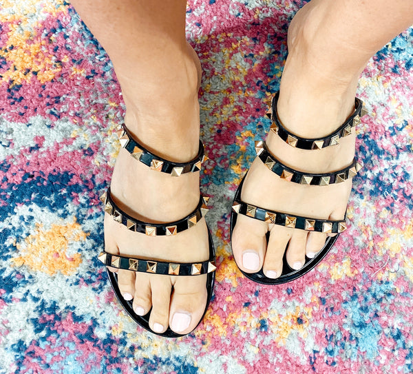 #1804 The Spike Black Sandals