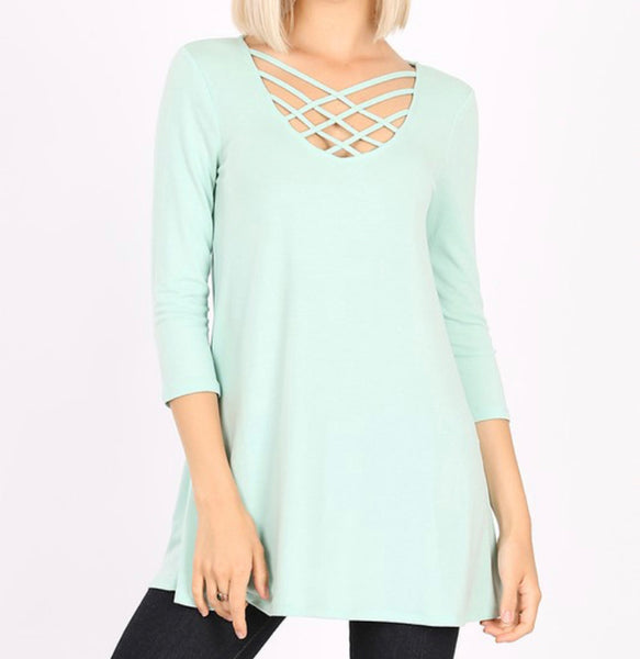 #1052 Criss Cross Mint 3/4 Top