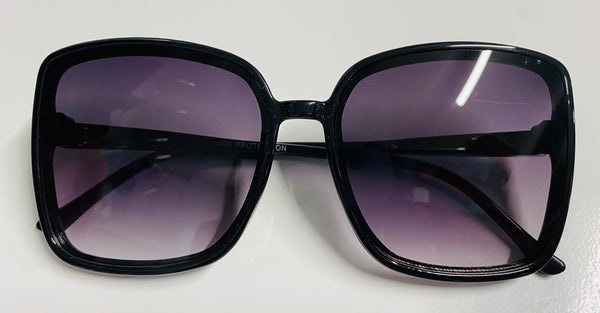 #1745 Black Sunnies