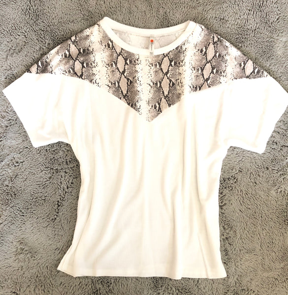#1082 Snakeskin White Top