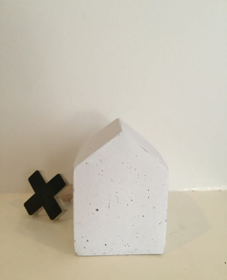 Concrete House / Paper Weight