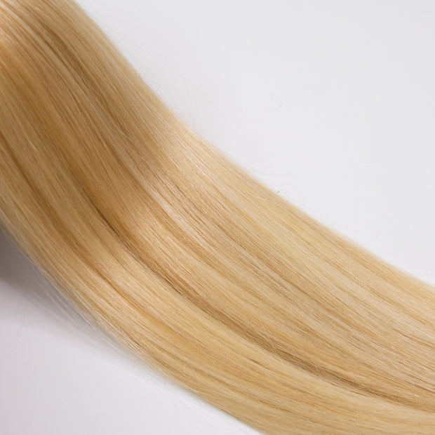 AVERA #27/613 Mix Blonde Balayage Clip-In Hair Extension