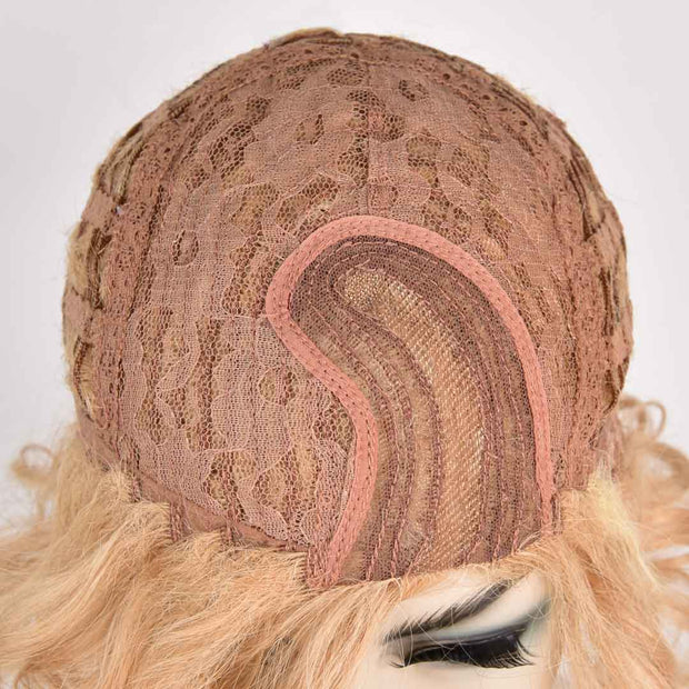AVERA Golden Blonde Short Wavy Side Part Multi-layers Wig