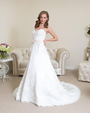 Bridal Gowns | That Special Day Bridal Warehouse