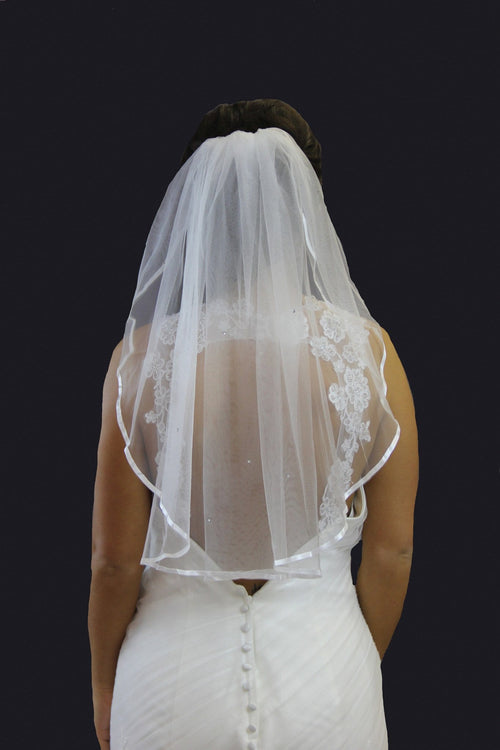 One Tier Shoulder Length Satin Edge Veil - That Special Day Bridal Warehouse
