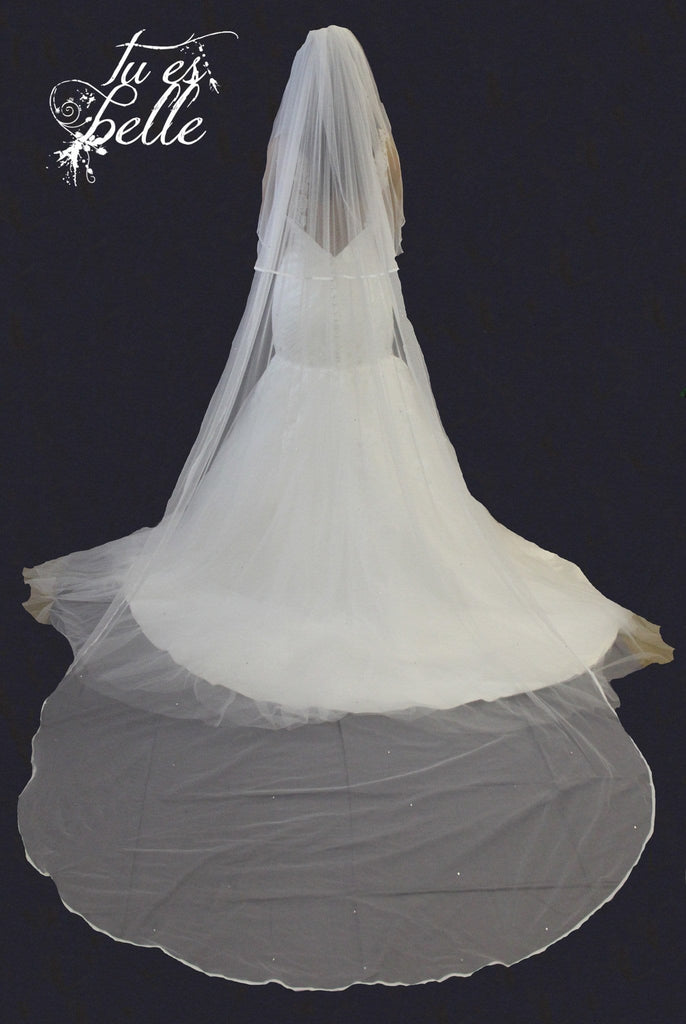 Olivia Two Tier Detachable Satin Edge Cathedral Veil