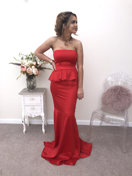 FLEUR RED - That Special Day Bridal Warehouse