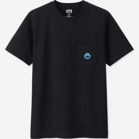 UNIQLO x KAWS SESAME STREET COOKIE MONSTER POCKET T-SHIRT - BLACK
