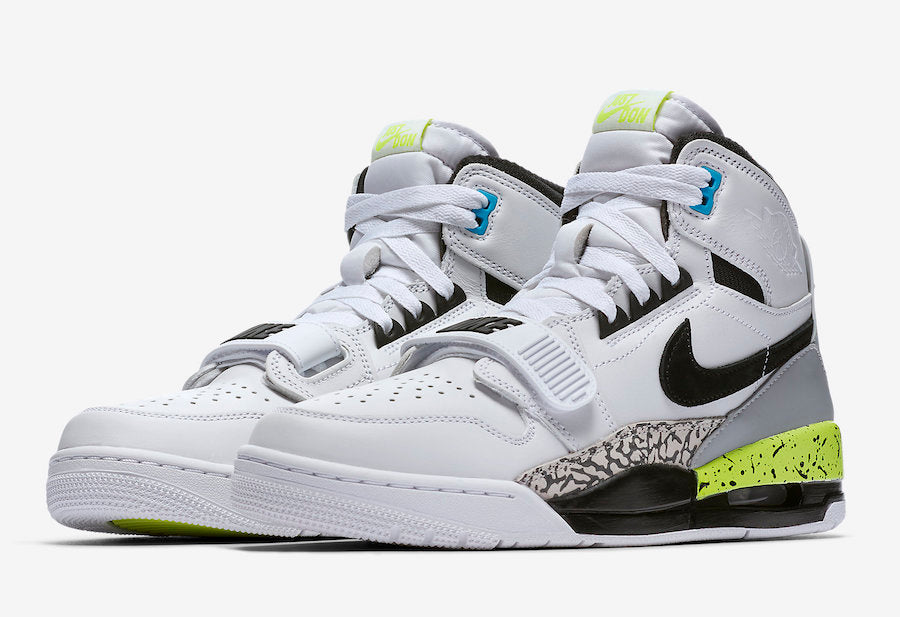 Men's Jordan Legacy 312 Command Force Volt