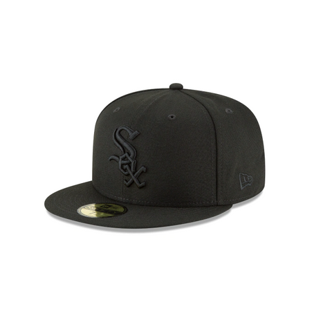 New Era Chicago White Sox MLB Black on Black 59FIFTY Fitted Cap
