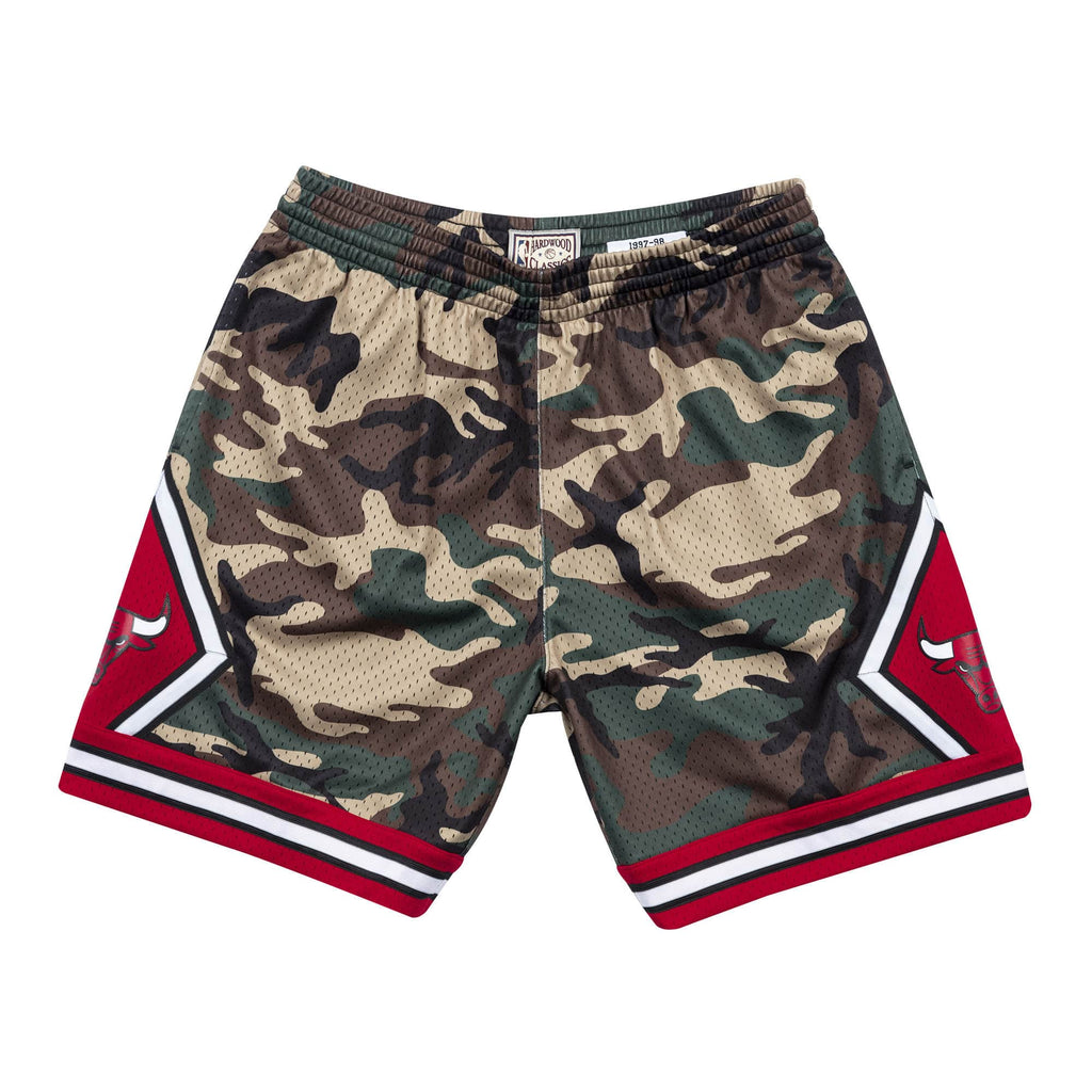 Mitchell & Ness Chicago Bulls 1997 NBA Woodland Camo Swingman Shorts