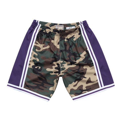 Mitchell & Ness Los Angeles Lakers 1996 NBA Woodland Camo Swingman Shorts