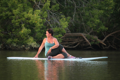 Lesson : SUP yoga - Grand River Kayak Dunnville Ontario Canada