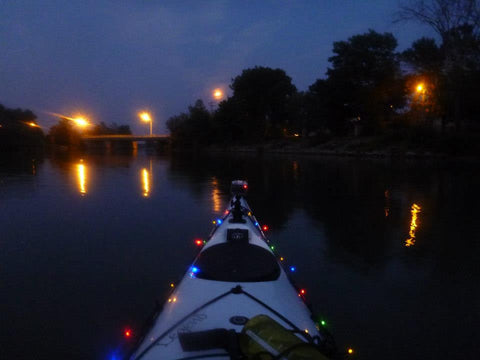 Guided Tour : Fireworks Paddle - Grand River Kayak Dunnville Ontario Canada