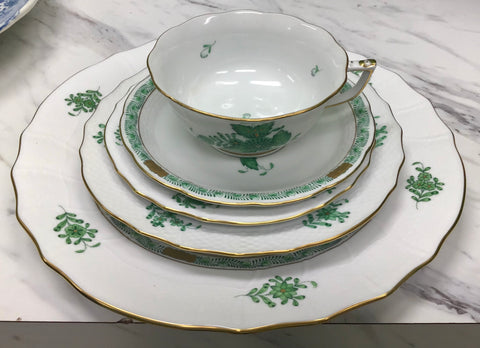 Herend Chinese Bouquet Green Place Setting for 8