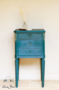Annie Sloan Chalk Paint - Aubusson Blue - Chestnut Lane Antiques & Interiors - 2
