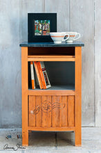 Load image into Gallery viewer, Annie Sloan Chalk Paint - Barcelona Orange - Chestnut Lane Antiques & Interiors - 2