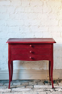 Annie Sloan Chalk Paint - Burgundy - Chestnut Lane Antiques & Interiors - 3