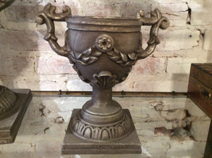 Small Urn - Chestnut Lane Antiques & Interiors - 2