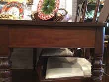 Load image into Gallery viewer, 19th Century Sheraton Mahogany Banquet End Table - Chestnut Lane Antiques & Interiors - 3