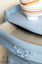 Load image into Gallery viewer, Annie Sloan Chalk Paint - Louis Blue - Chestnut Lane Antiques & Interiors - 3