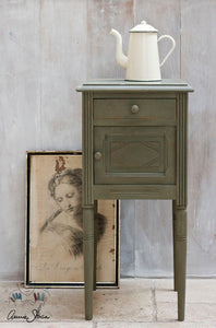 Annie Sloan Chalk Paint - Olive - Chestnut Lane Antiques & Interiors - 3
