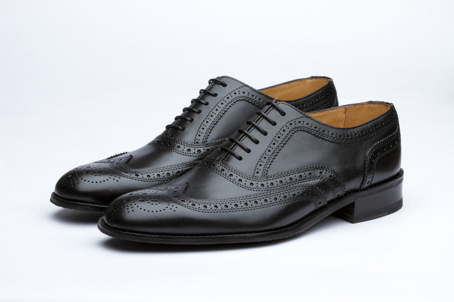 Oxfords - Classic Wingtip Oxford - Black