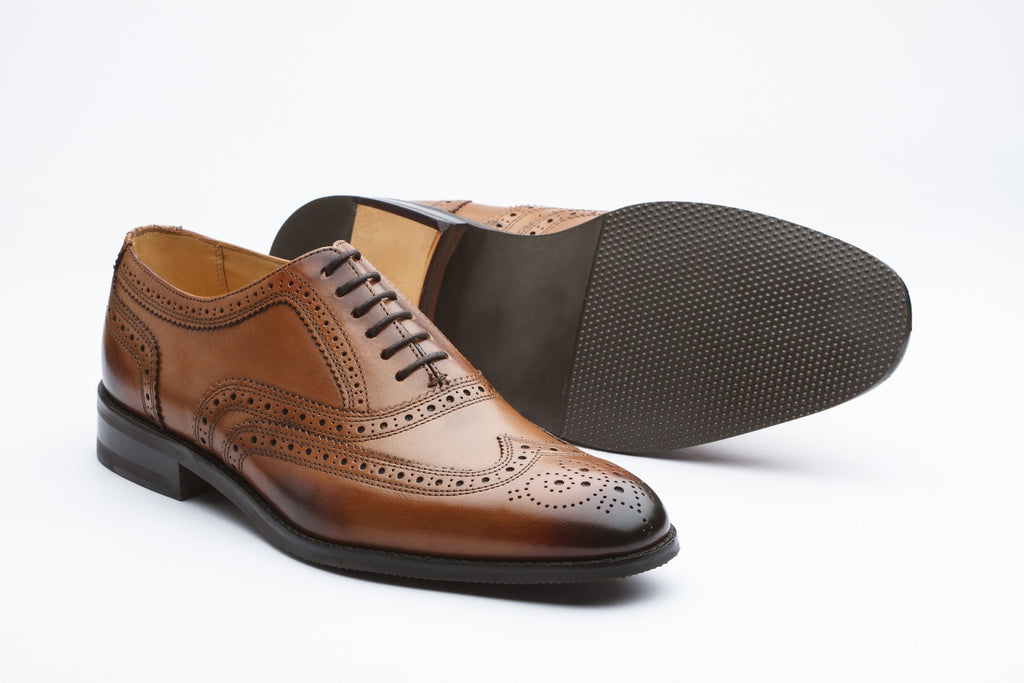 Oxfords - Classic Wingtip Oxford - Tan