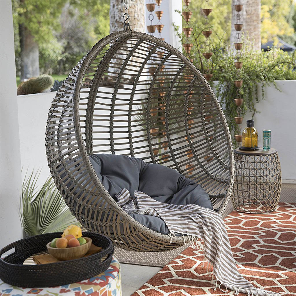 Picture of: 7 Luxury Hanging Egg Chairs You Ll Want To Lounge In Forever Hammock Town