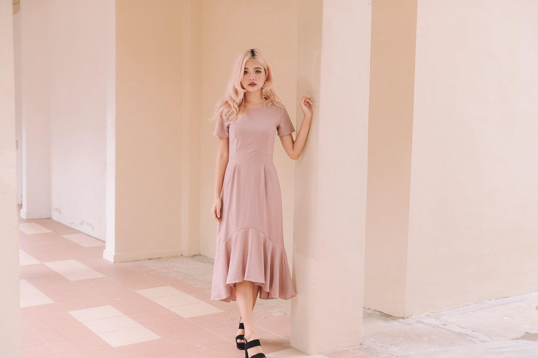 Divya Mermaid Midi Dress in Pink